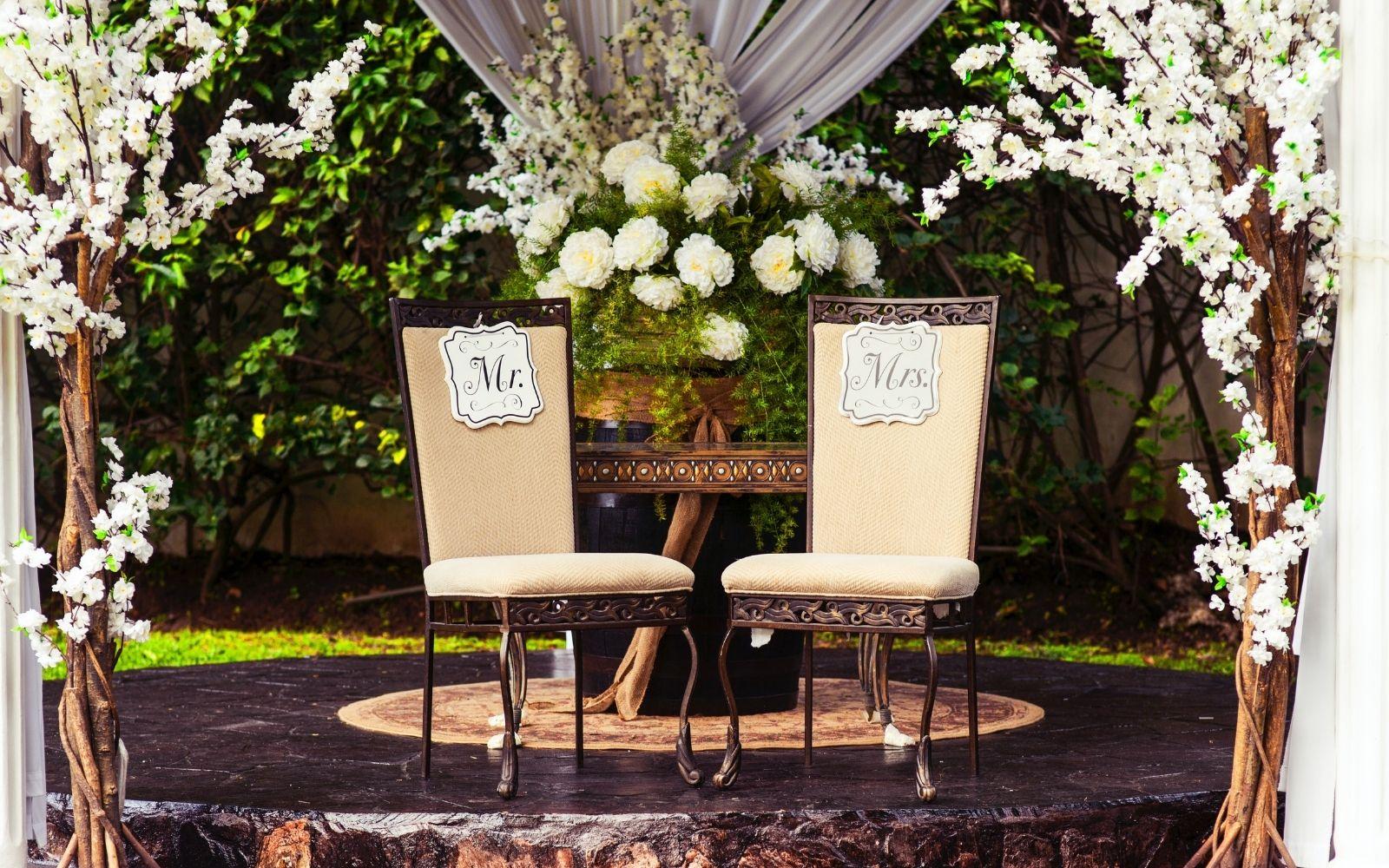 Decoración de jardines para bodas al aire libre